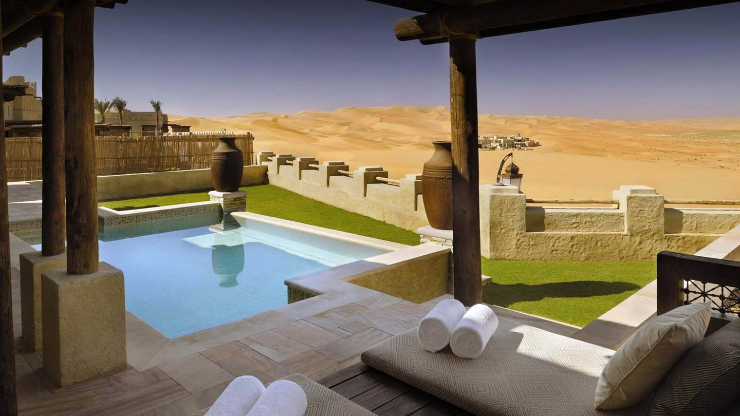 /uploads/minor/anantara/images/qasr-al-sarab-desert-resort-by-anantara/the-resort/desktop-banner/qasr_al_sarab_by_anantara_private_pool_header_1920x1080.jpg